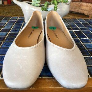 Lucky Brand Alanya Ecru Leather Ballet Flats